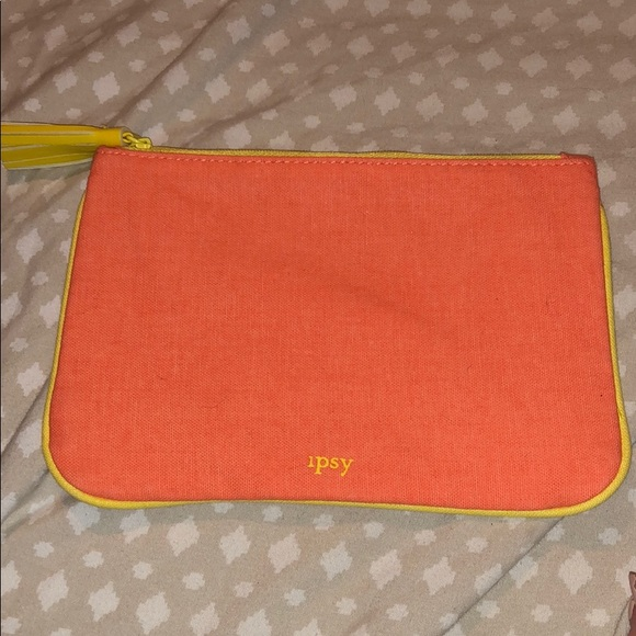ipsy Handbags - Makeup bag